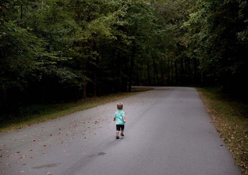 Child-starting-out-on-winding-road